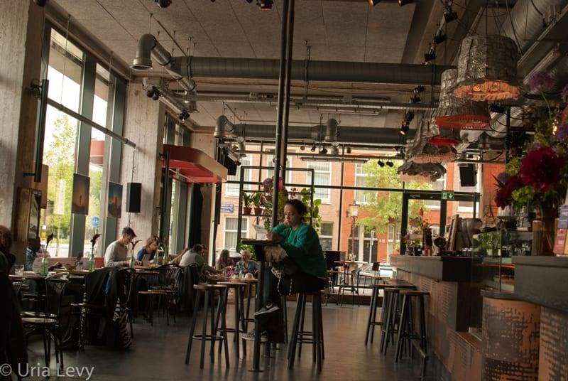 בית הקפה\ הבר