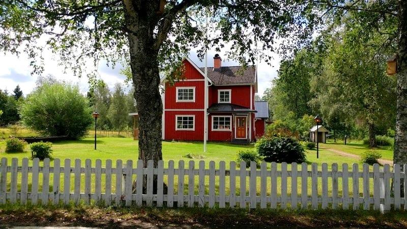 בית כפר בשוודיה