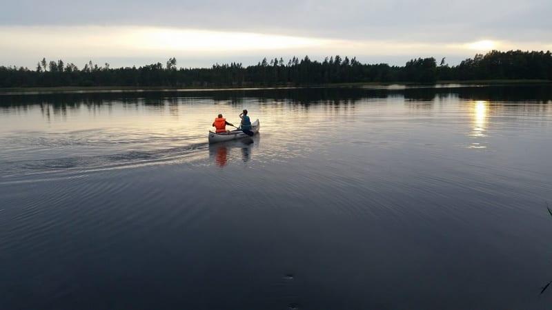 שייט באגם בשוודיה
