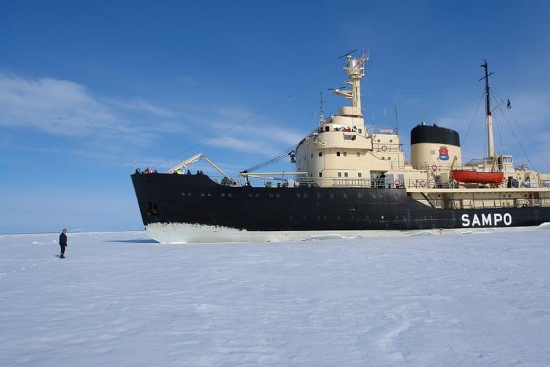 טיול ללפלנד -שוברת קרח