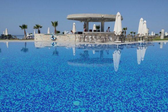 Amphora hotel suites