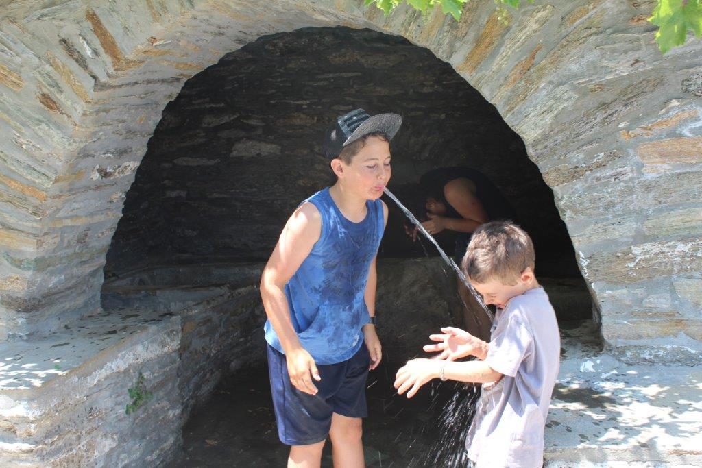 יוון עם ילדים