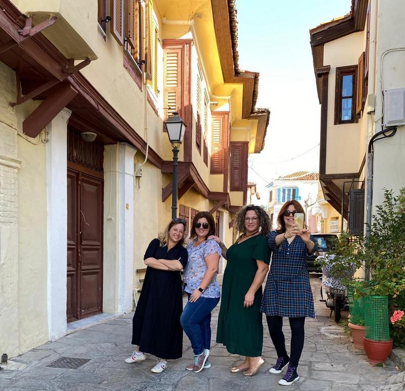 טיול בנות ביוון