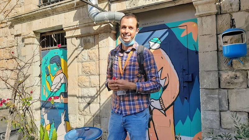סיור בשוק הפשפשים בחיפה עם תומר פוקס